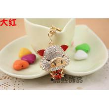 Rich piggy creative cute men and ladies Crystal Keychain 3D rhinestone pig key ring women bag accessories factory