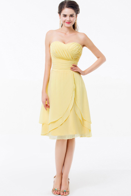 A-Line/Princess Sweetheart Knee Length Chiffon Cocktail Dresses With Pleats