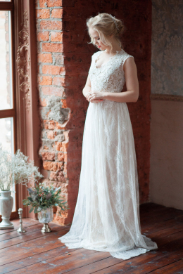 A-Line/Princess Lace Floor-Length New Wedding Gown Designers