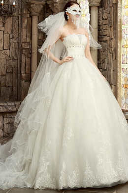 Ball Gown Strapless Floor Length Tulle Wedding Dress with Appliques