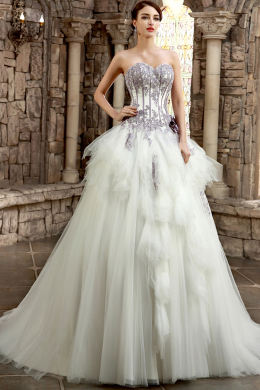 Ball Gown Strapless Floor length Tulle Wedding Dress with Ruffles