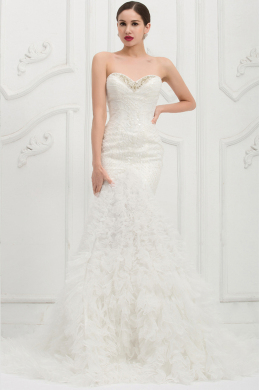 Trumpet/Mermaid Strapless Chapel Train Wedding Dress with Beadings