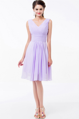 A-Line/Princess V-Neck Knee Length Chiffon Cocktail Dress with Pleats