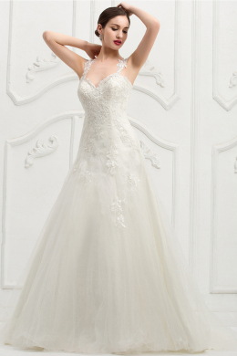 A-Line/Princess Sweetheart Floor Length Tulle Wedding Dress with Appliques
