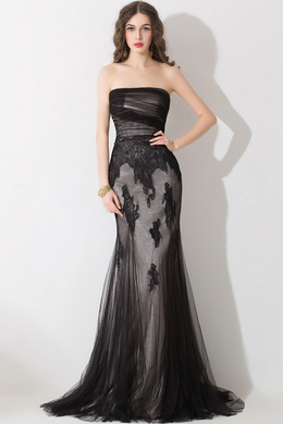 A-LinePrincess Strapless Sweep Train Tulle Evening Dresses With Applique