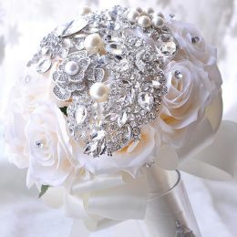 Advanced Customization Romantic Bride Wedding Holding Toss Bouquet Rose with Pearls and Rhinestone Decorative Brooches Accessories Multi