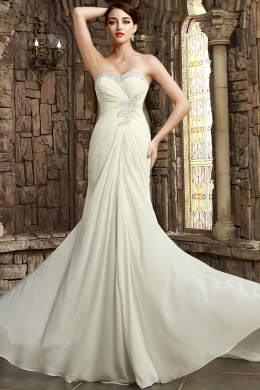 A-Line/Princess Sweetheart Court Train Chiffon Wedding Dresses With Applique