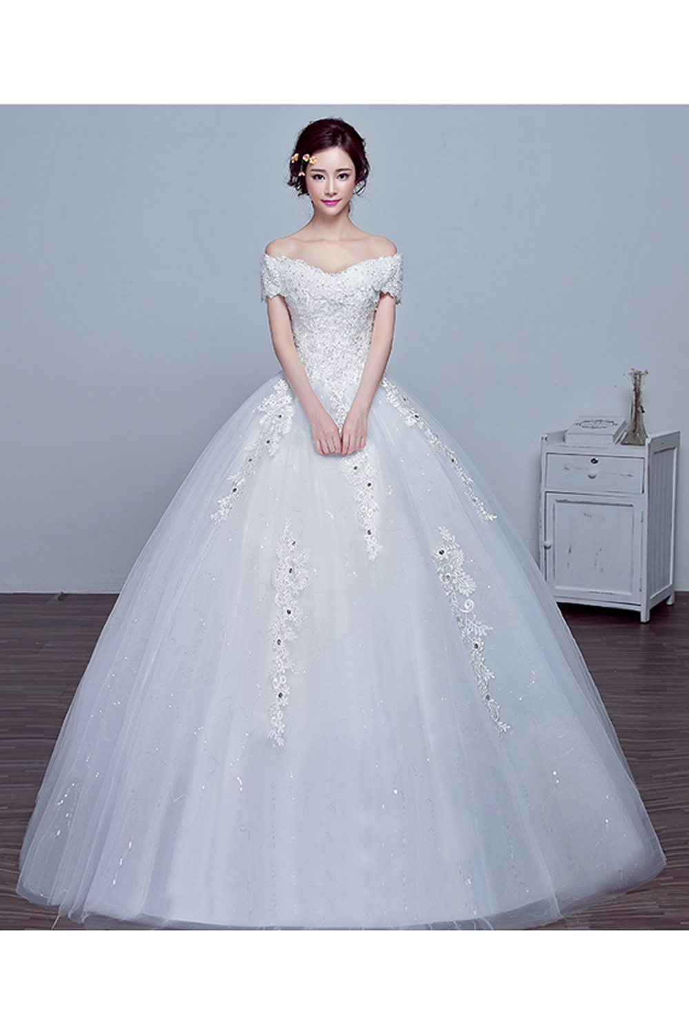 Ball Gown Tulle Floor-Length Wedding Dress for Bride
