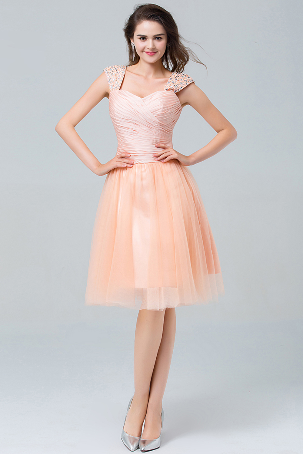 A-Line/Princess Sweetheart Neckline Knee Length Tulle Cocktail Dress with Pleats