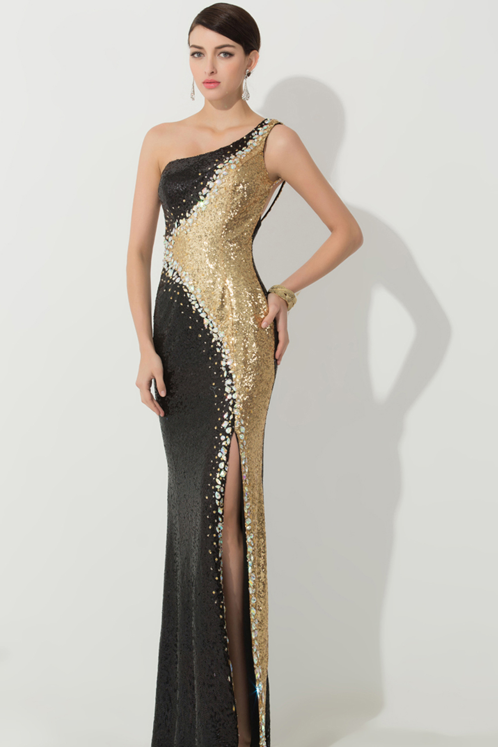Trumpet/Mermaid One-Shoulder Sweep Train Sequins Evening Dresses with Beads