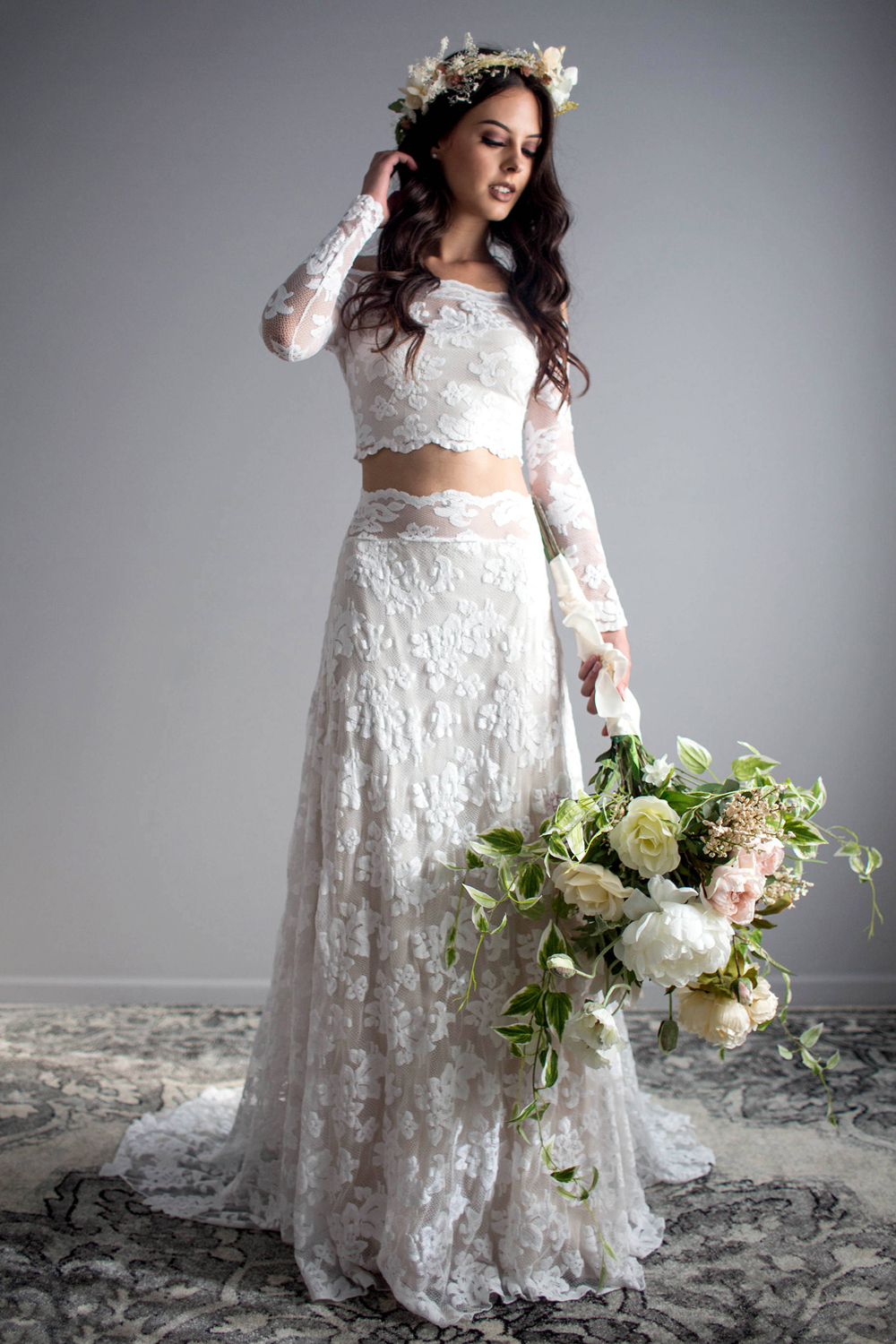 A-Line/Princess Lace Sweep Train Wedding Dress of Bride
