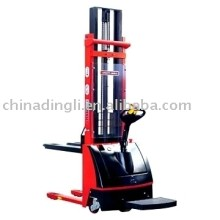 EDYC Series Electric Stacker