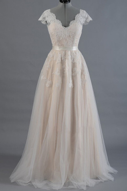 A-Line/Princess Tulle Floor Length Wedding Bride Dress