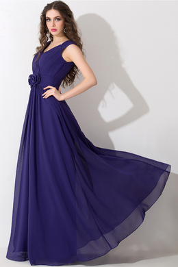 A-Line/Princess V-Neck Sweep Train Chiffon Prom Dresses With Pleats