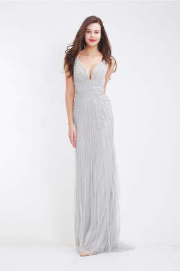 Sheath/Column V-Neck Floor-Length Tulle Evening Dress with Beading