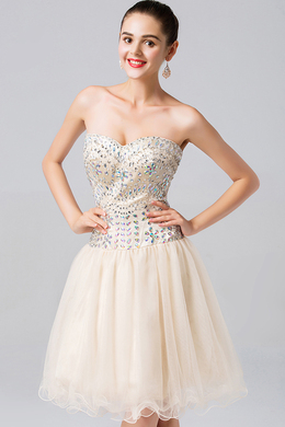 A-Line/Princess Sweetheart Short Tulle Cocktail Dresses With Beads