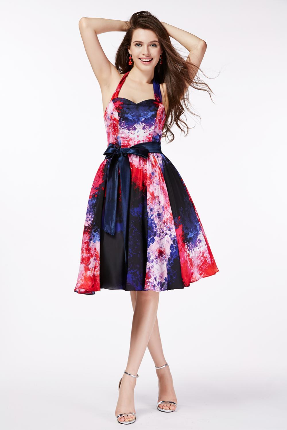 A-Line/Princess Halter Knee Length Chiffon Cocktail Dress with Printed